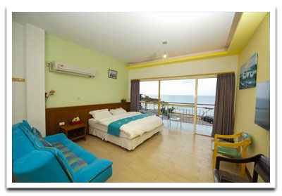 201 Twin Deluxe Room with Seaview